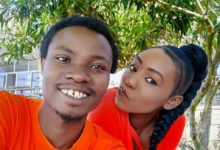 Photo of 10 Romantic Photos Of Comedian Henry Desagu With Cute Girlfriend