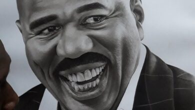 Photo of American TV Host Steve Harvey Calls Up Kenyan Artist Who Made Outstanding Portrait