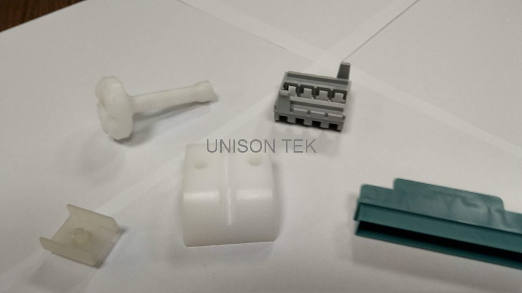 plastic injection (001)