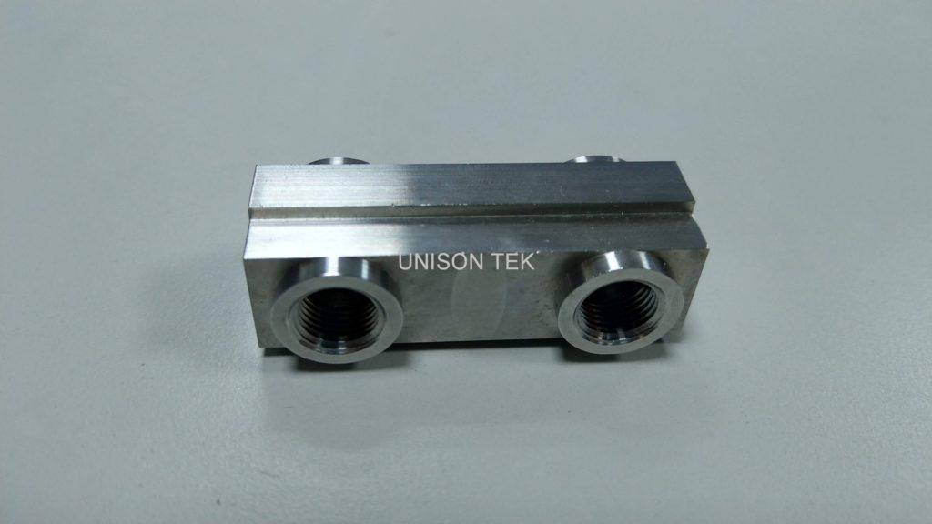 precision cnc milling metal parts 036