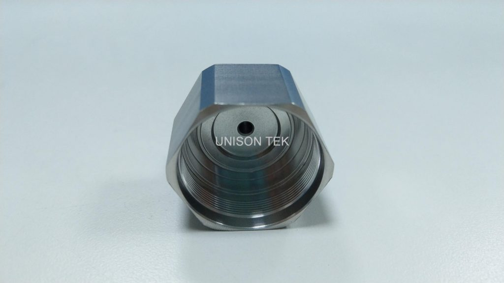precision cnc turning metal parts 032