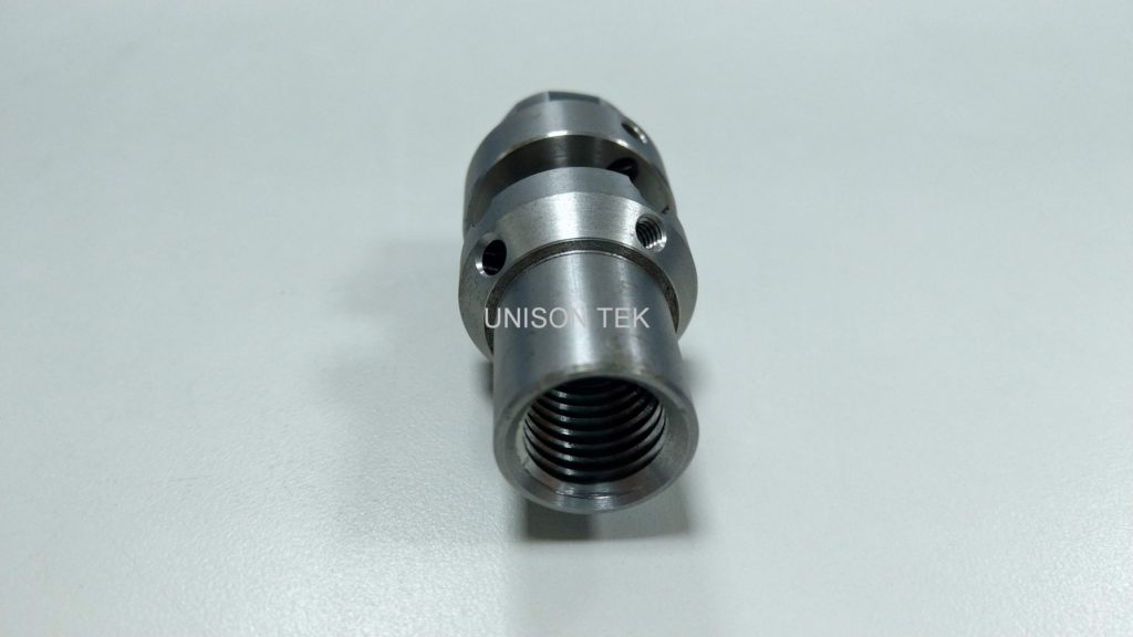 precision cnc turning metal parts 038