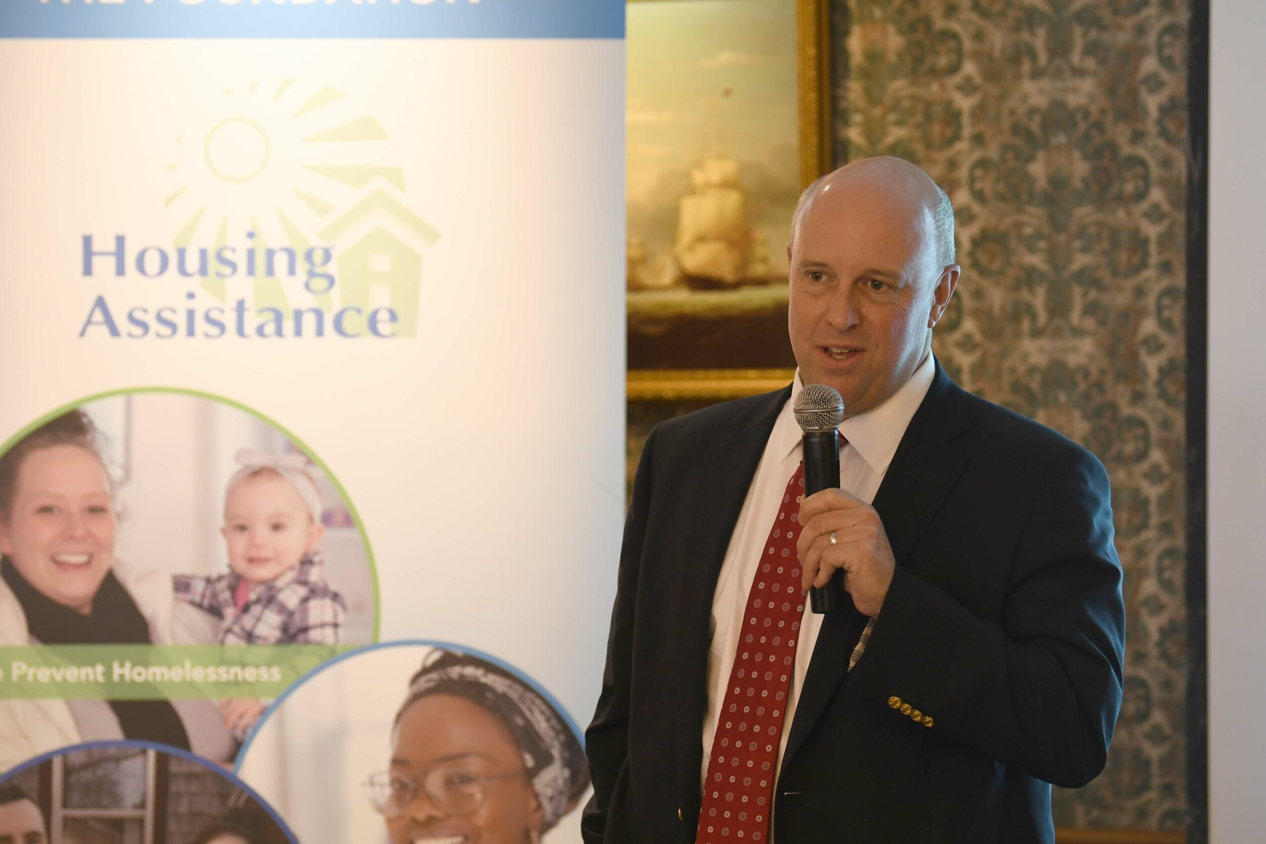 Mike Kennealy gives the keynote speech at the 2019 Cape Housing Institute.