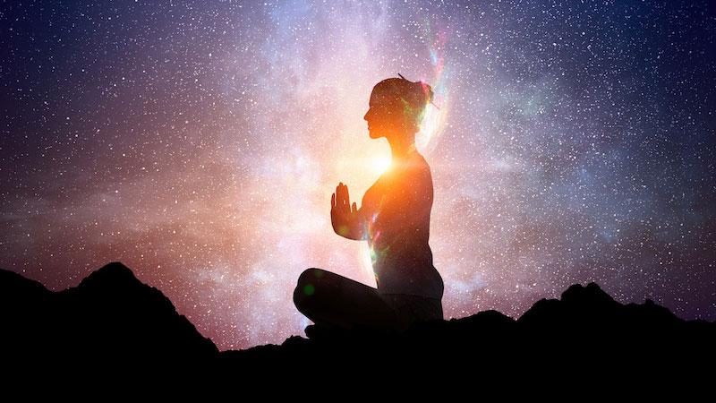 kundalini-meditation-with-the-universe