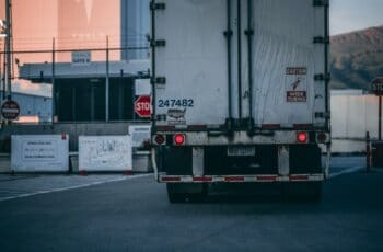 Why Should My Company Use A Freight Broker