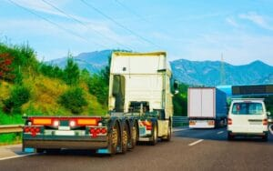 How Do Freight Brokers Help Carriers and Shippers?