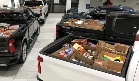 Deliver Emergency Food Boxes