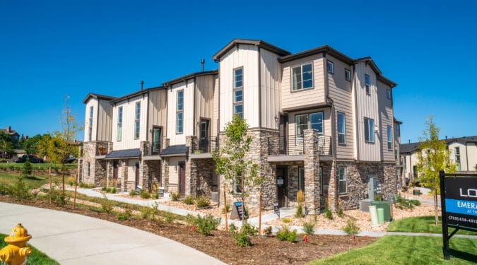 Emerald Ridge Townhomes by Lokal Homes