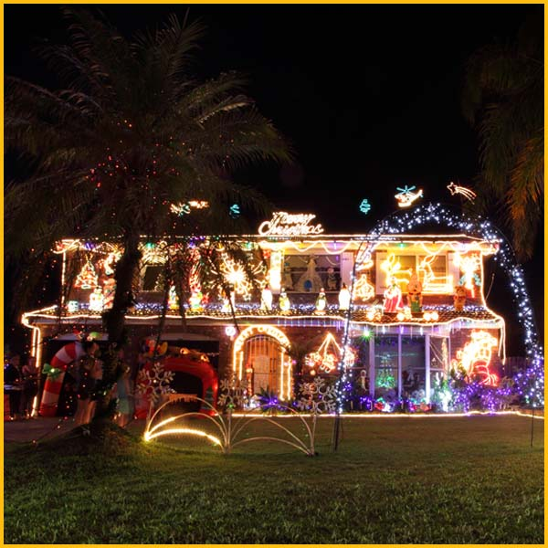 Wire Wiz Electrician Services | Holiday Lighting Safety | Content 3