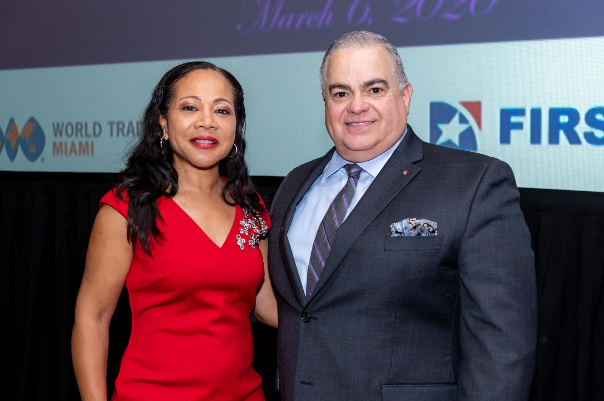Roberto and Teresa Foxx