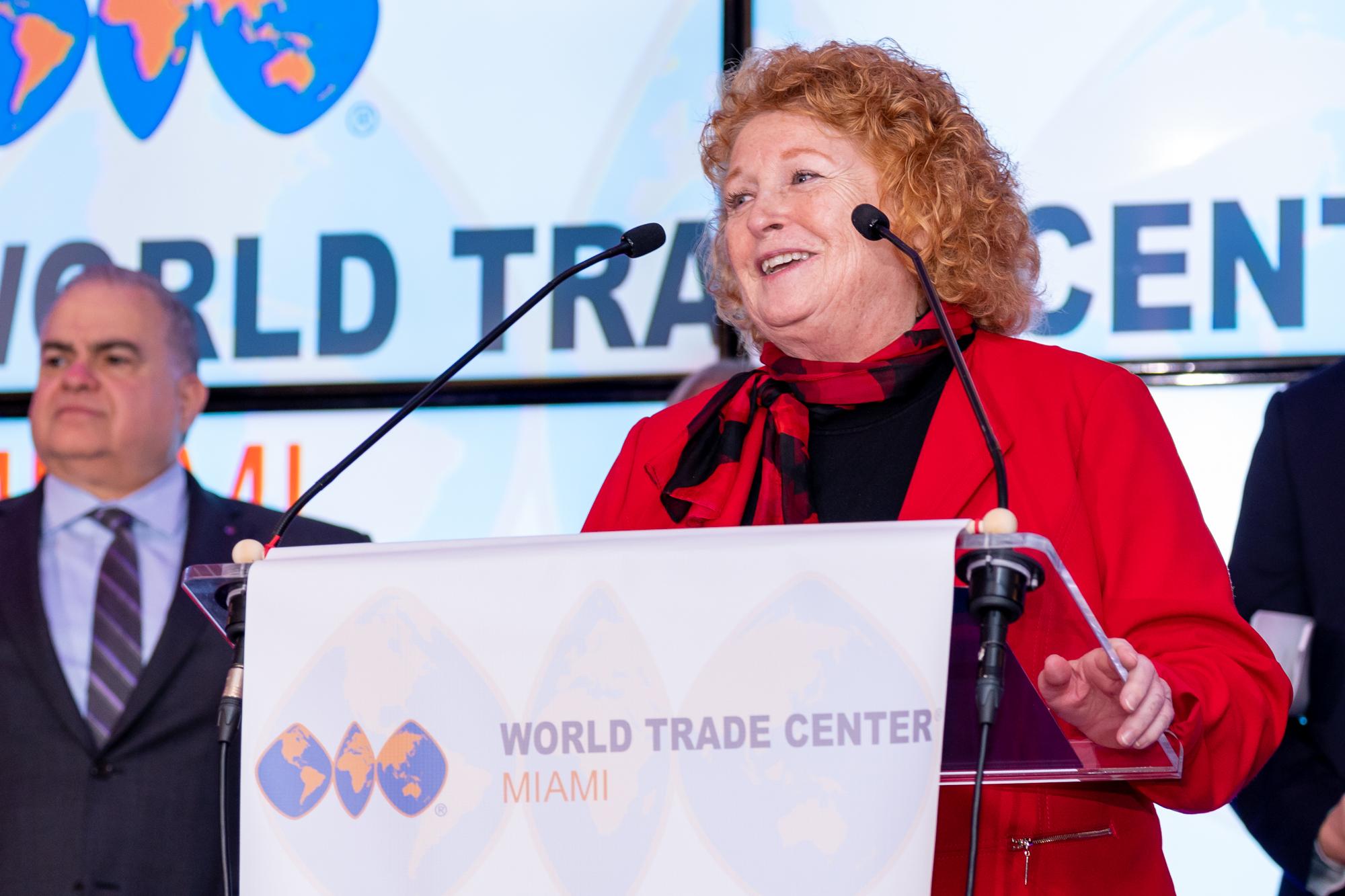 Susan Harper at Podium (12)