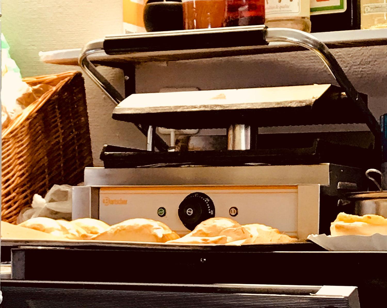Empanadas - Berlin Chilenito horno - Lado B erlin.
