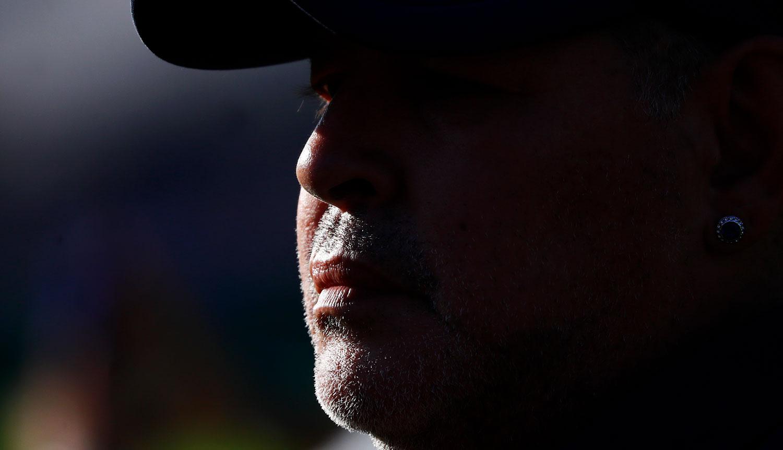 Maradona dirigiendo a Gimnasia de La Plata el 29 de febrero de 2020 - Foto: Marcos Brindicci/Getty Images.