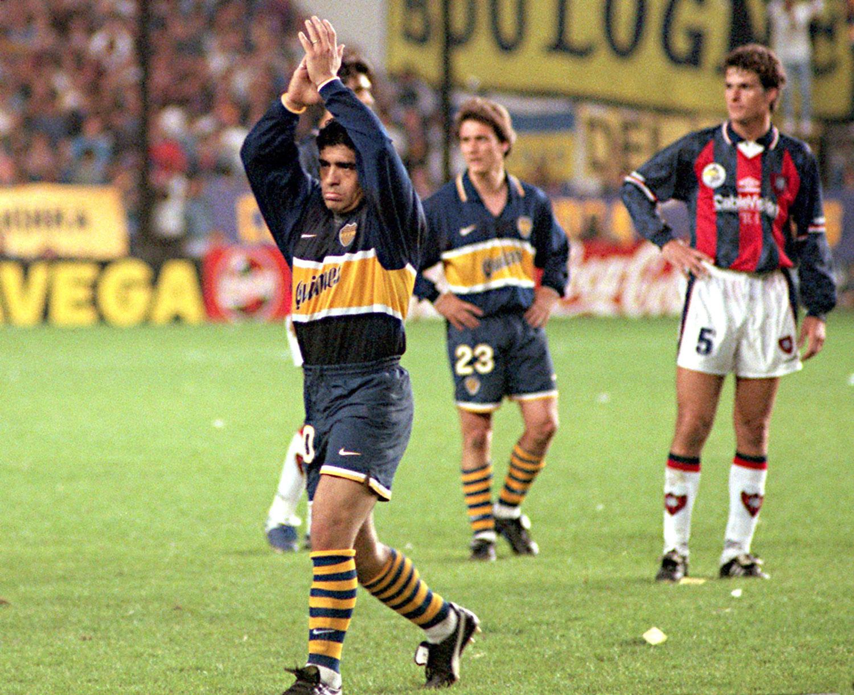 Uno de los últimos partidos oficiales de Maradona. 21 de septiembre contra San Lorenzo en la cancha de Boca luego de que diera un doping positivo por tercera vez. ©DANIEL LUNA/AFP via Getty Images.