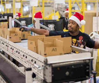 Holiday Shoppers Are Filling Their Carts Online