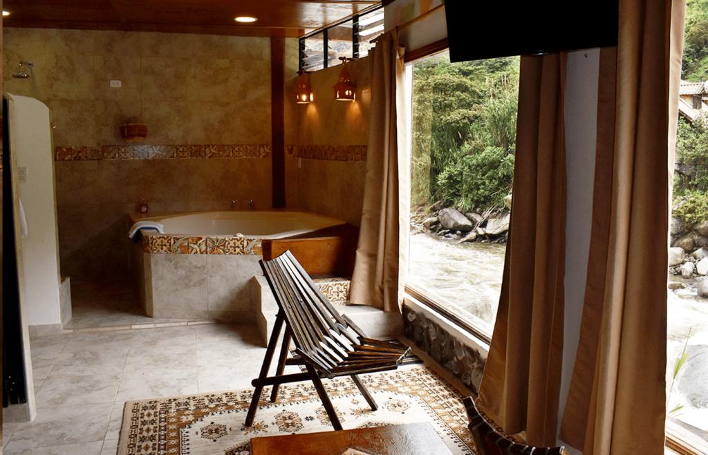 hotel con jacuzzi en Baños
