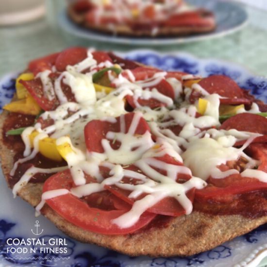 Healthy grilled pizza! Cook it on the grill and keep your kitchen cool!