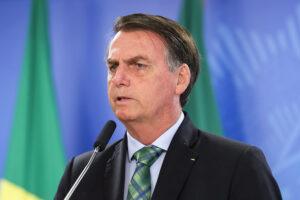 Read more about the article Mesmo sob ataque, Bolsonaro continua com poder de fogo no universo digital