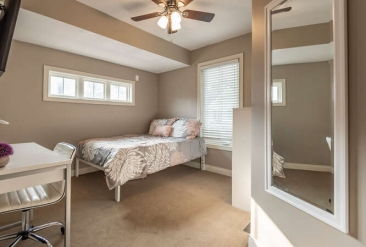 Penthouse Bedroom1