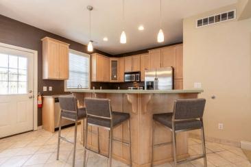 1739 N Washington Street Unit-small-007-013-KitchenBreakfast Bar-666x444-72dpi