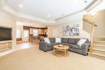 1739 N Washington Street Unit-small-001-003-Living Room-666x444-72dpi