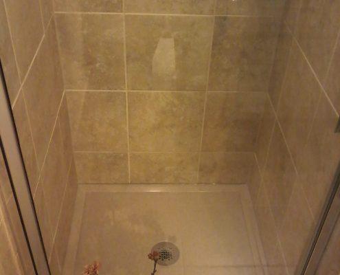 Rocker Bathroom 2