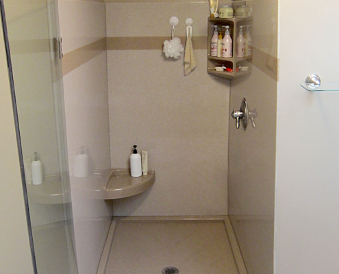 Shower replacement with onyx, color lowtide