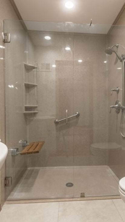 Onyx shower with safety bars