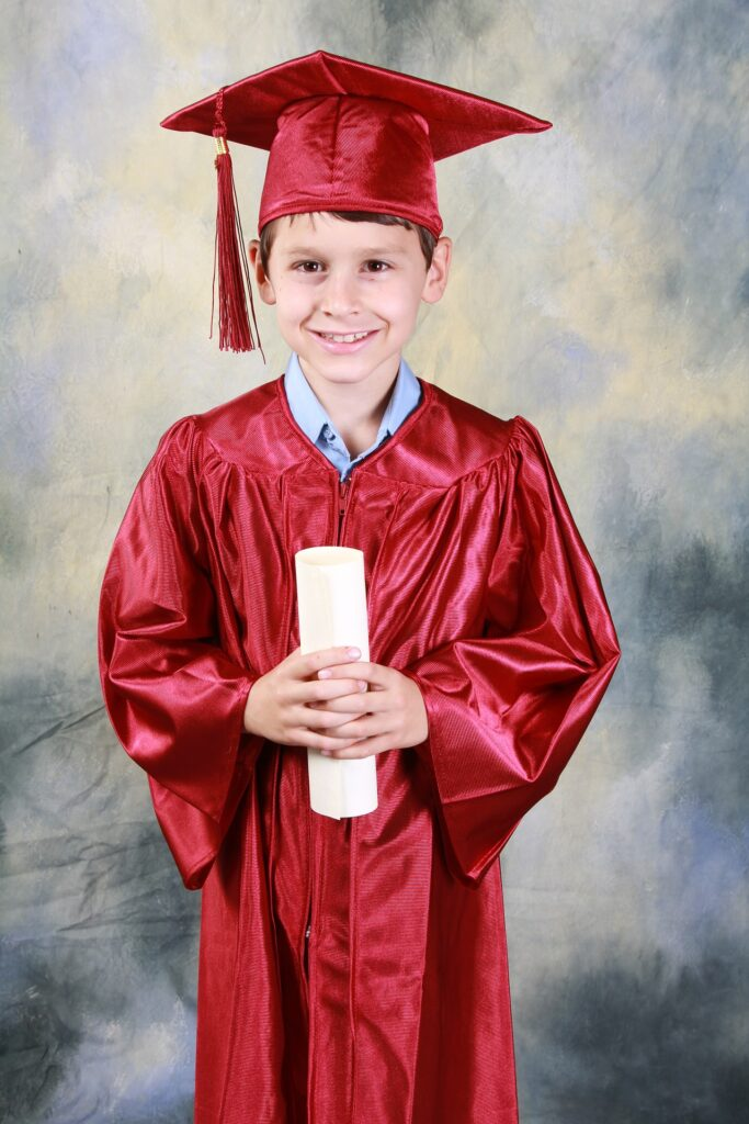 graduation-521545_1920