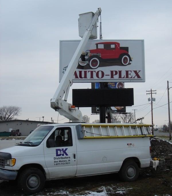 The-Auto-Plex-Decatur-IL-36mm-LED-Sign-Installation-2