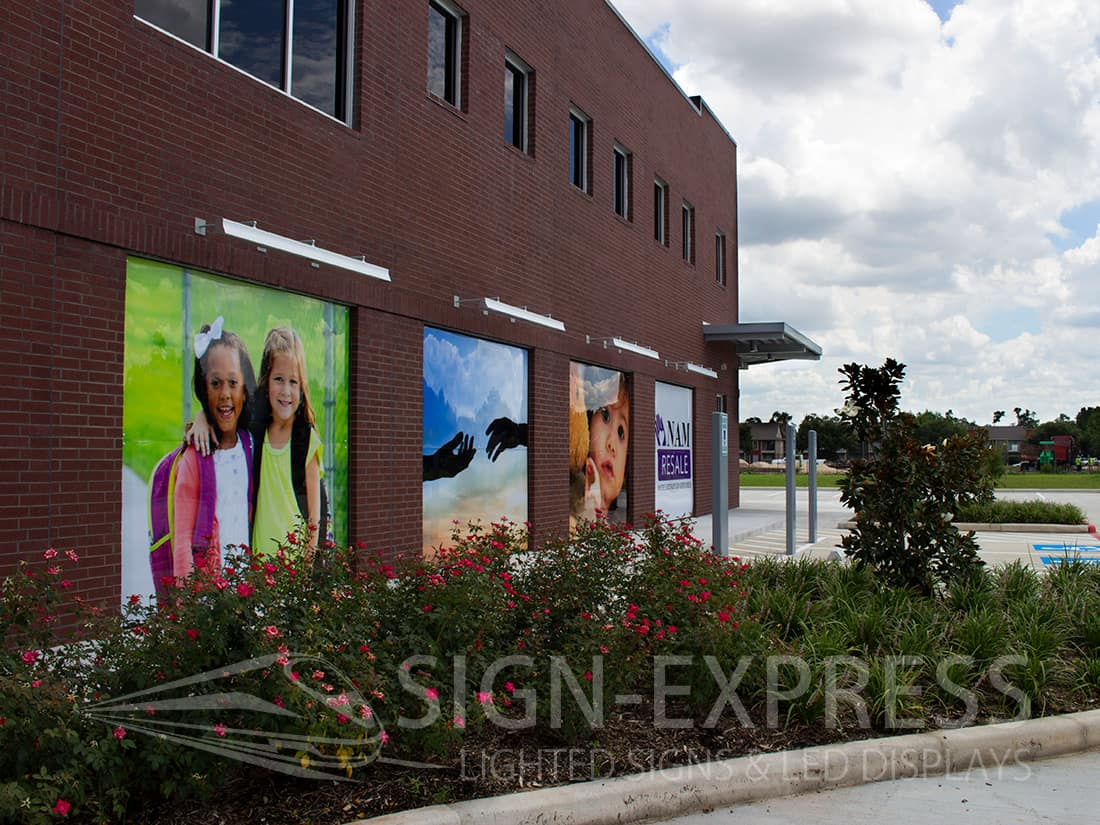 Building Wall Art Signs