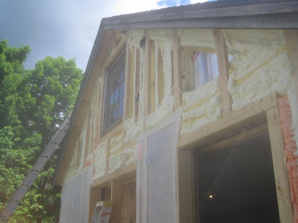Gable-Close Cell foam-insulation