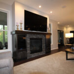 Turner - Livingroom with fireplace and TV