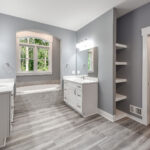 Greystone Building Company - Mulit-Generational Home - Full Bathroom