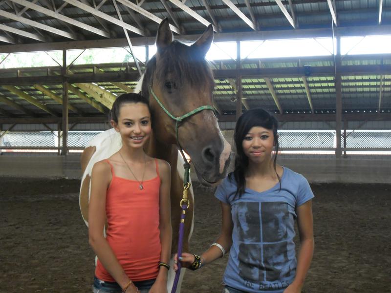 br-horse-girls