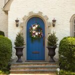 6 Homes with Extraordinary Spring Curb Appeal