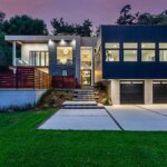 Chic Homes with Multi-Car Garages