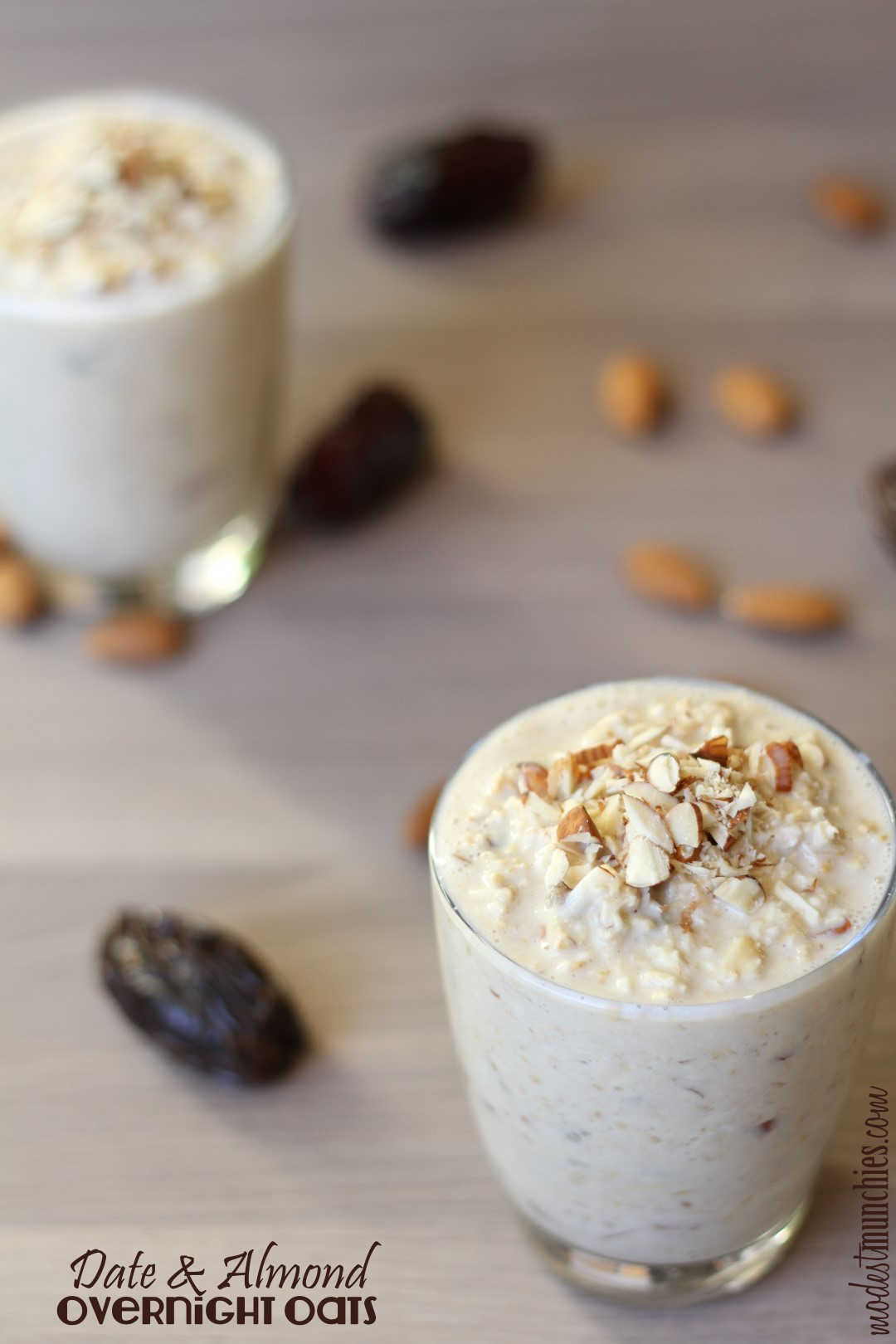 Date and Almond Overnight Oats (Large)