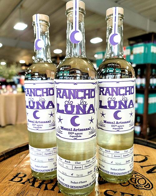 bottle shop rancho de la mezcal