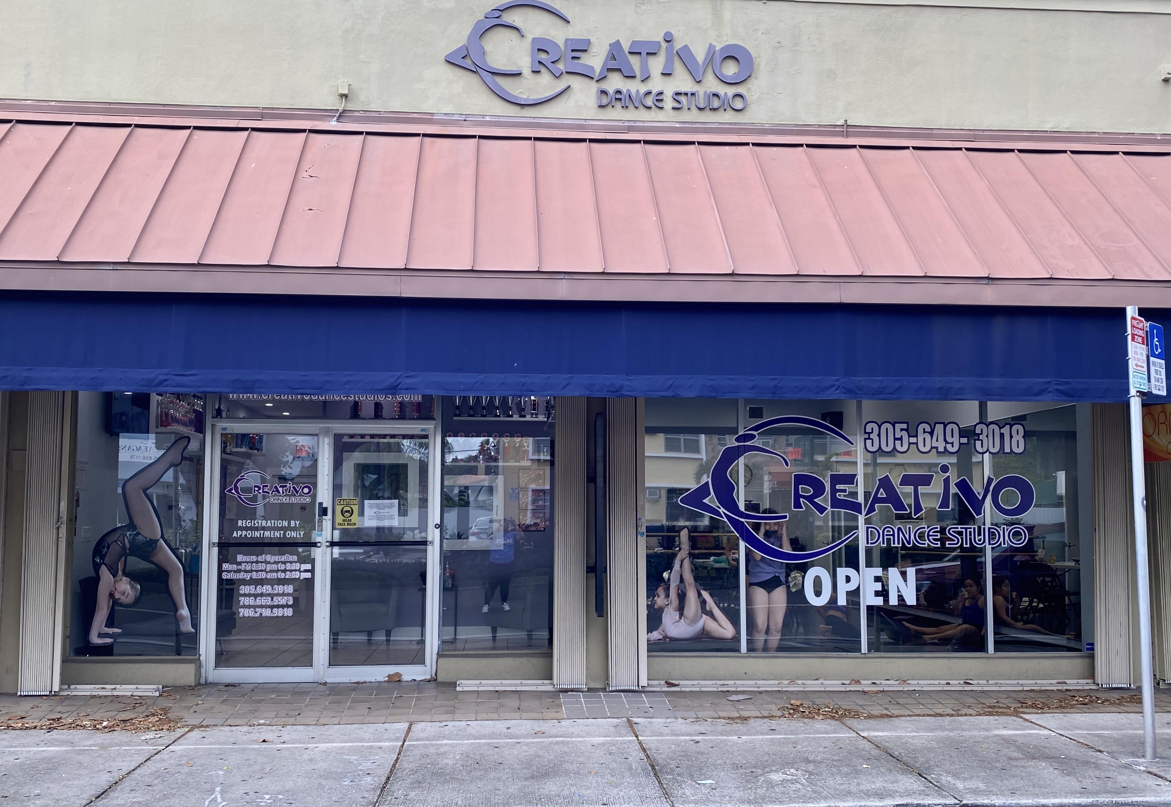 Storefront of Creativo Dance Studio in Coral Way