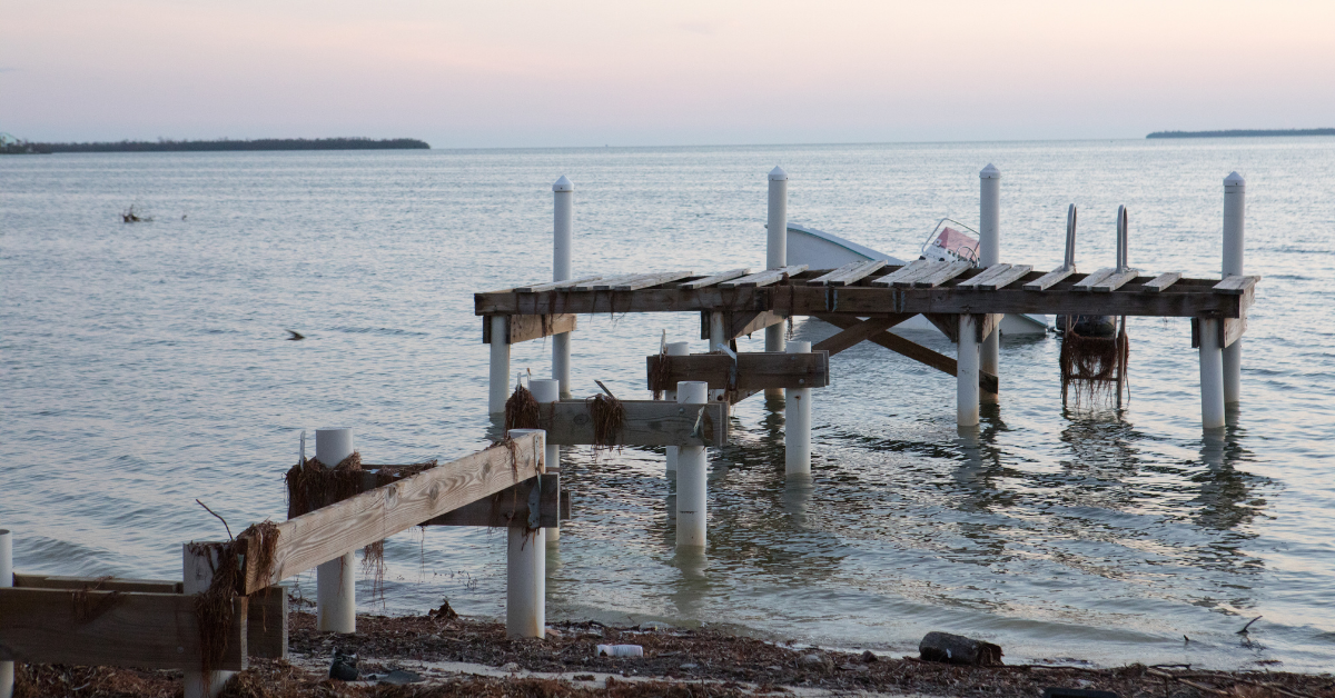 dock_and_seawall_safety_during_hurricane_season_in_florida