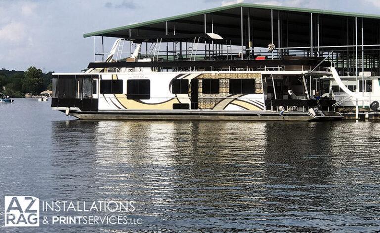 JustusBoyz-Houseboat-800px