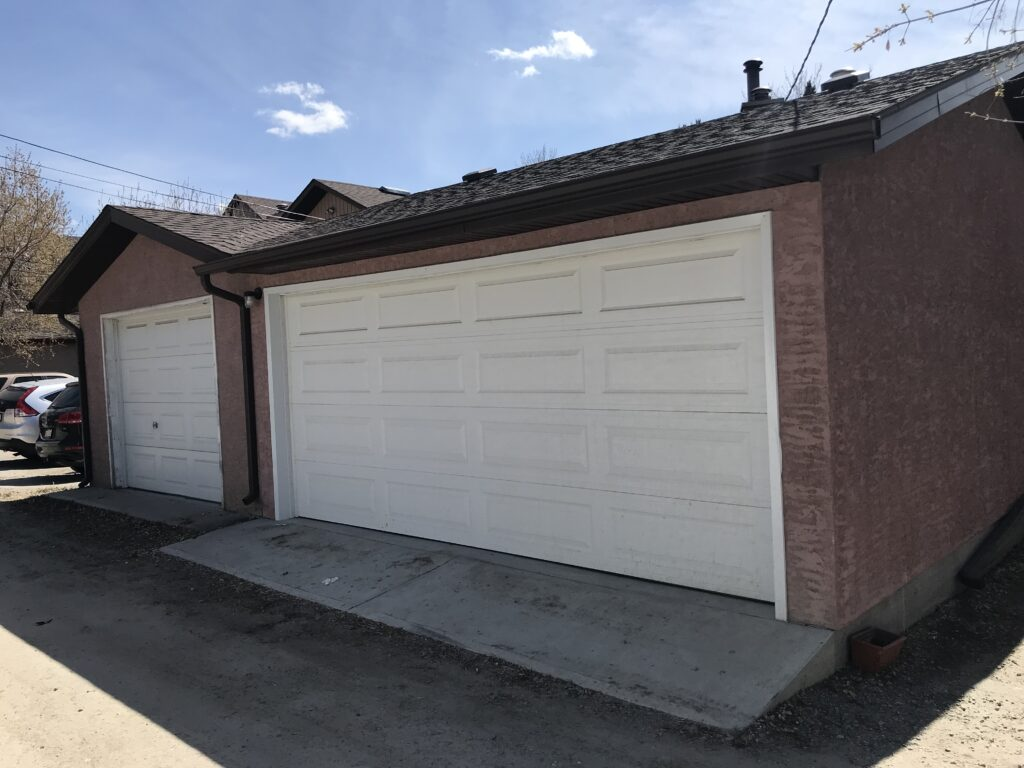 Calgary Triple Car Garage