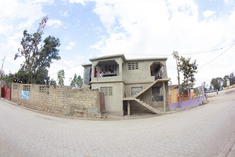 Building-a-conference-center-in-Hinche-Haiti