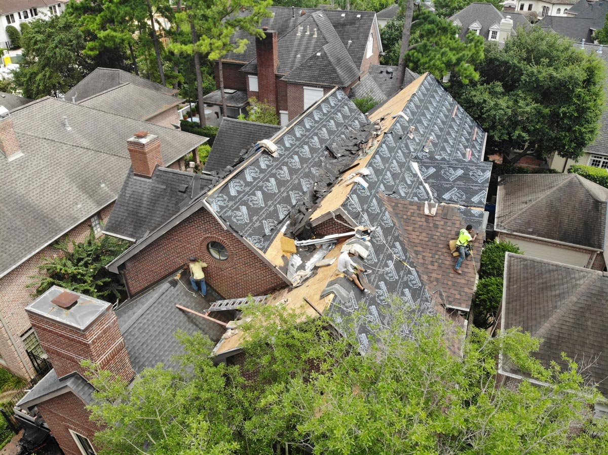 Roof Replacement in Houston