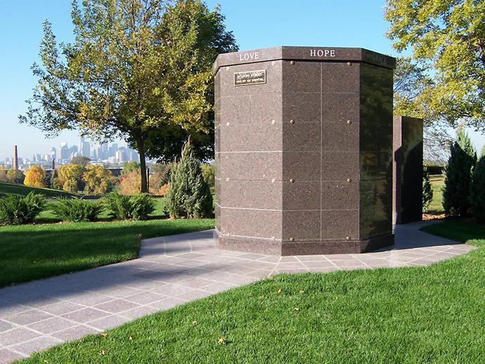 columbarium memorials