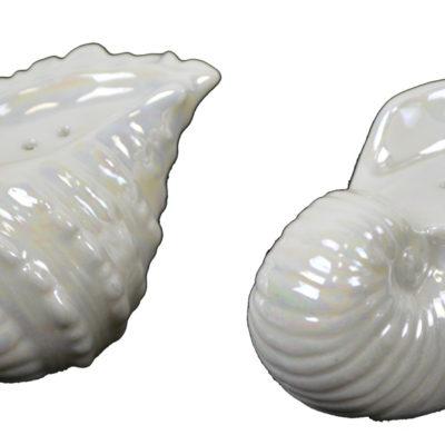 "2""H Ceramic Seashell Salt and Pepper Shakers"