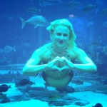mermaid melissa real-life mermaid swimming in dubai atlantis the palm aquarium heart