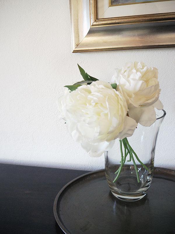 FLOWERS-VILLETTA