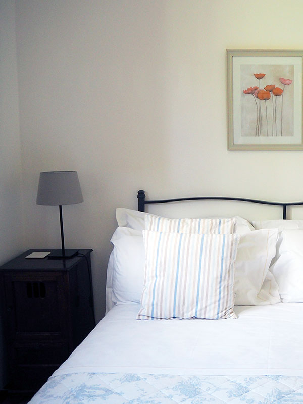 GUBBIO-MASTER-BEDROOM